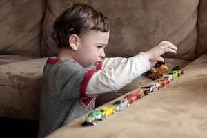 Образец характеристики музыкально педагогической деятельности на ребенка аутиста